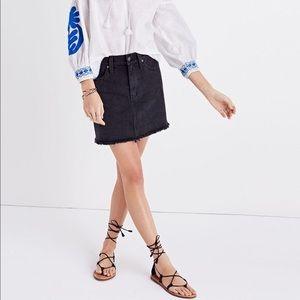 NWT Madewell McCarren Raw Hem Mini Denim Skirt
